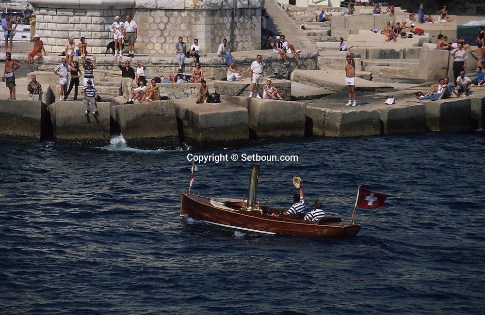 Classic week,sailing ships     Monaco          Classic week, rassemblement de  voiliers et de bateaux à    Monaco    R00286/2    L4104  /  R00286  /  P0007567