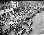 17/03/1960<br /> 03/17/1960<br /> 17 March 1960<br /> NAIDA Industrial St. Patrick's Day Parade, Dublin. Picture Smickwicks floats on Westmoreland Street.