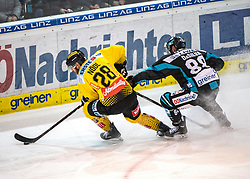 04.01.2019, Keine Sorgen Eisarena, Linz, AUT, EBEL, EHC Liwest Black Wings Linz vs Vienna Capitals, 35. Runde, im Bild v.l. Andreas Nödl (Vienna Capitals), Dan DaSilva (EHC Liwest Black Wings Linz) // during the Erste Bank Eishockey League 35th round match between EHC Liwest Black Wings Linz and Vienna Capitals at the Keine Sorgen Eisarena in Linz, Austria on 2019/01/04. EXPA Pictures © 2019, PhotoCredit: EXPA/ Reinhard Eisenbauer