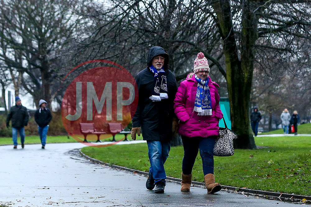 Everton fans walk through Stanley Park on the way to see their side take on Tottenham Hotspur at Goodison Park - Mandatory by-line: Robbie Stephenson/JMP - 23/12/2018 - FOOTBALL - Goodison Park - Liverpool, England - Everton v Tottenham Hotspur - Premier League