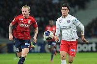 Fotball<br /> Frankrike<br /> 03.02.2015<br /> Foto: Panoramic/Digitalsport<br /> NORWAY ONLY<br /> <br /> Simon Kjaer (Lille)<br /> Edinson Cavani (PSG)<br /> Lille vs Paris Saint Germain - Coupe de la Ligue