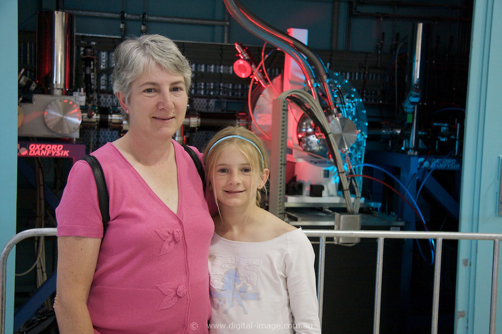 Australian Synchrotron Open Day 2008, Tina and Pippa Dent, Tina has a background in science and wanted to share this with her children.