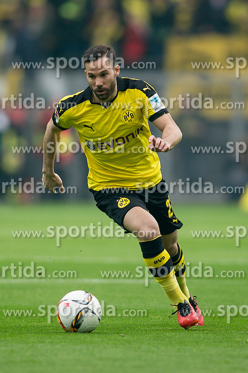 02.04.2016, Signal Iduna Park, Dortmund, GER, 1. FBL, Borussia Dortmund vs SV Werder Bremen, 28. Runde, im Bild Gonzalo Castro (Borussia Dortmund #27) // during the German Bundesliga 28th round match between Borussia Dortmund and SV Werder Bremen at the Signal Iduna Park in Dortmund, Germany on 2016/04/02. EXPA Pictures &copy; 2016, PhotoCredit: EXPA/ Eibner-Pressefoto/ Sch&uuml;ler<br /> <br /> *****ATTENTION - OUT of GER*****