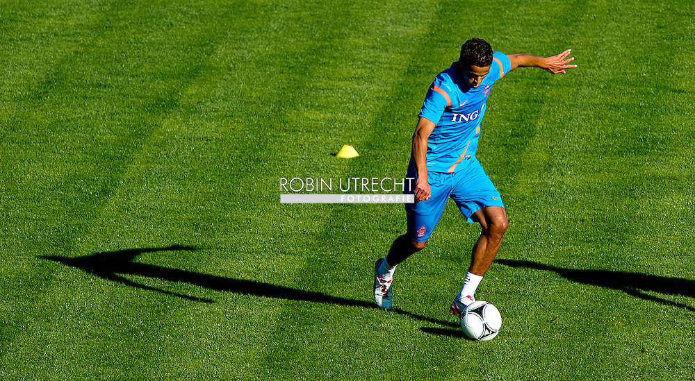 Dutch international football player Ibrahim Afellay  during the training for the trainingcamp of the Netherlands national football team in Hoenderloo on May 28, 2012. AFP PHOTO/ ROBIN UTRECHT