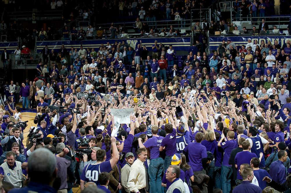 NCAA MEN'S BASKETBALL - UNIVERSITY OF WASHINGTON VS. WASHINGTON STATE UNIVERSITY -