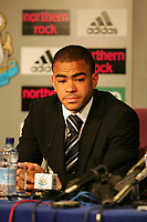 Photo. Andrew Unwin, Digitalsport<br /> Newcastle United v Aston Villa, Barclays Premiership, St James' Park, Newcastle upon Tyne 02/04/2005.<br /> Newcastle's Kieron Dyer apologies to the fans, club and manager for his part in a fight that saw him and Lee Bowyer sent off.