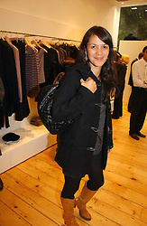 LISA MOORISH at the launch party for the Comptoir des Cotonniers boutique, 235 Westbourne Grove, London W11 on 25th October 2006.<br /><br />NON EXCLUSIVE - WORLD RIGHTS