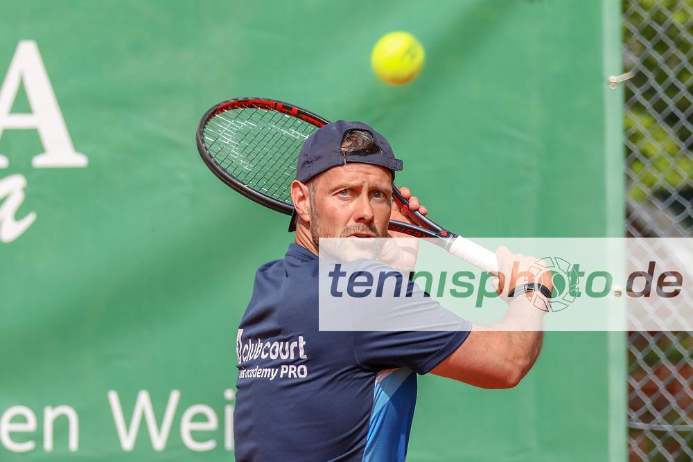 Benjamin Potsch (SV Zehlendorfer Wespen 1911) - Sieger Herren 40, Känguruhs-Open 2018, Finaltag, Berlin, 22.04.2018, Foto: Claudio Gärtner