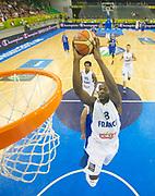 DESCRIZIONE : Lubiana Ljubliana Slovenia Eurobasket Men 2013 Preliminary Round Francia Israele France Israel<br /> GIOCATORE : Charles Kahudi<br /> CATEGORIA : schiacciata dunk special<br /> SQUADRA : Francia France<br /> EVENTO : Eurobasket Men 2013<br /> GARA : Francia Israele France Israel<br /> DATA : 06/09/2013 <br /> SPORT : Pallacanestro <br /> AUTORE : Agenzia Ciamillo-Castoria/T.Wiedensohler<br /> Galleria : Eurobasket Men 2013<br /> Fotonotizia : Lubiana Ljubliana Slovenia Eurobasket Men 2013 Preliminary Round Francia Israele France Israel<br /> Predefinita :