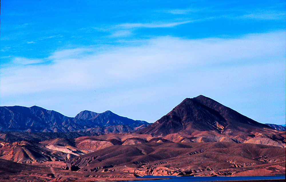 Mountain range Lake Mead nra.
