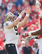 KANSAS CITY, MO - NOVEMBER 16:  Drew Brees #9 of the New Orleans Saints calls a timeout during a game against the Kansas City Chiefs at Arrowhead Stadium on November 16, 2008 in Kansas City, Missouri.  The Saints defeated the Chiefs 30-20.  (Photo by Wesley Hitt/Getty Images) *** Local Caption *** Drew Brees