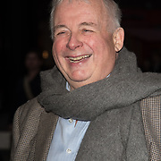 Christopher Biggins Arriver at the Quiz press night at Noel Coward Theatre, London, UK