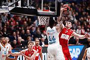 Gudaitis Arturas stoppata su Taylor Jeffery, Ax Armani Exchange Olimpia Milano vs Real Madrid, EuroLeague 2017/2018, Milano 13 marzo 2018 Mediolanum Forum FOTO: Bertani/Ciamillo