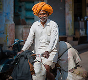 Rajasthani man with turban (India)