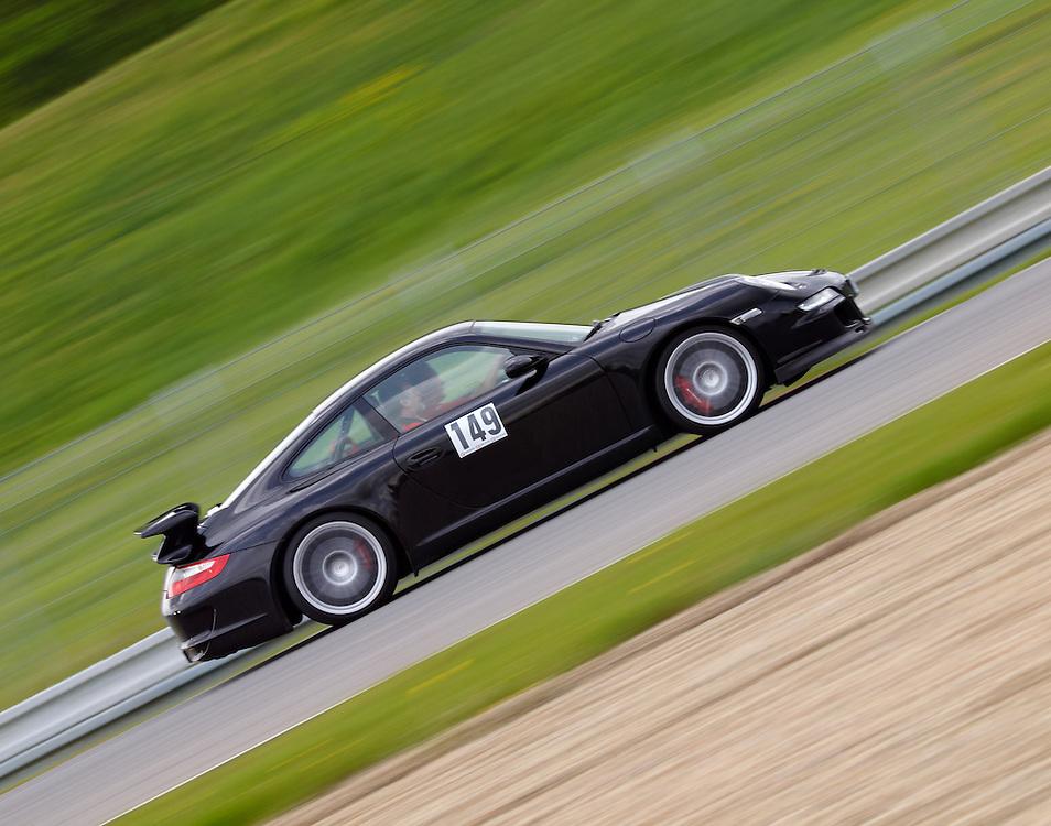 Race days - Porsche 911 GT3 (997)