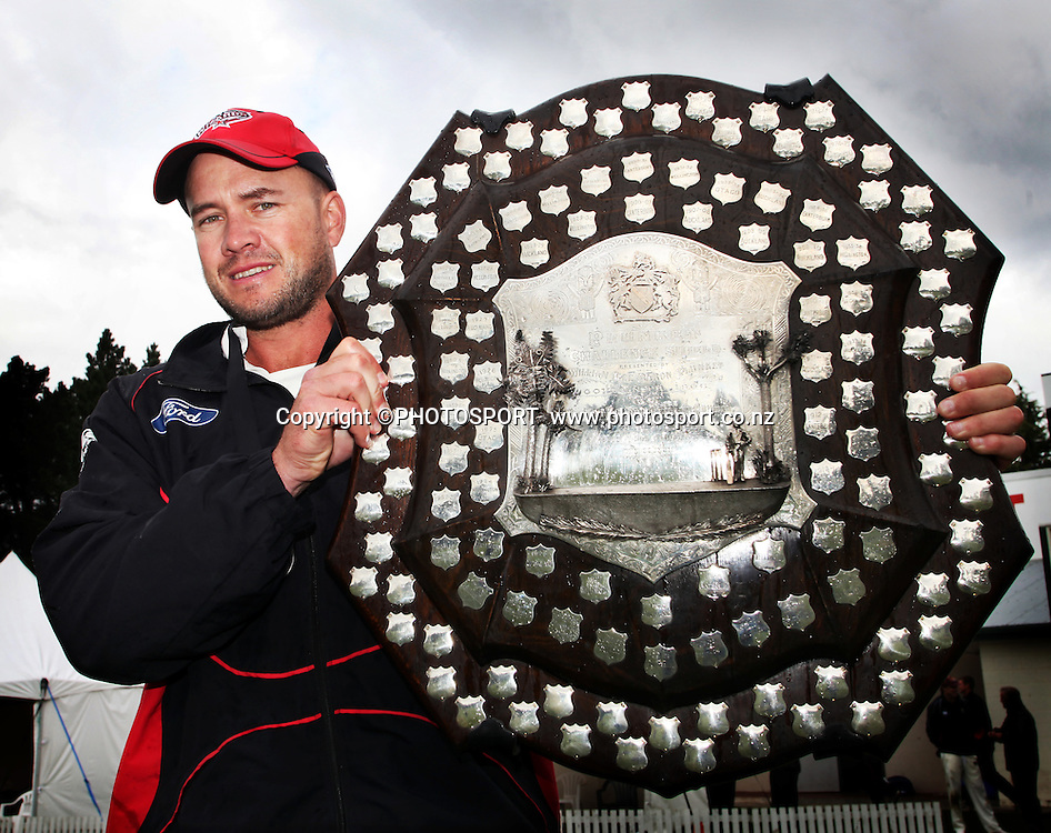 Canterbury Wizards captain Peter Fulton with the Plunket Shield after the team won on the final day. Canterbury Wizards v Northern Knights, Plunket Shield Game held at Mainpower Oval, Rangiora, Thursday 07 April 2011. Photo : Joseph Johnson / photosport.co.nz