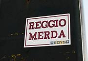 PARMA 2016-12-22:  REPORTAGE PARMA CALCIO.<br /> Klisterm&auml;rken sitter uppe &ouml;ver hela staden med texten &quot;Reggio Merda&quot; som syftar p&aring; bortamatchen mot Reggio den 19/12<br /> Foto: Nils Petter Nilsson