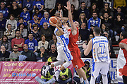 DESCRIZIONE : Beko Legabasket Serie A 2015- 2016 Dinamo Banco di Sardegna Sassari - Openjobmetis Varese<br /> GIOCATORE : David Logan<br /> CATEGORIA : Passaggio Penetrazione Controcampo<br /> SQUADRA : Dinamo Banco di Sardegna Sassari<br /> EVENTO : Beko Legabasket Serie A 2015-2016<br /> GARA : Dinamo Banco di Sardegna Sassari - Openjobmetis Varese<br /> DATA : 07/02/2016<br /> SPORT : Pallacanestro <br /> AUTORE : Agenzia Ciamillo-Castoria/L.Canu