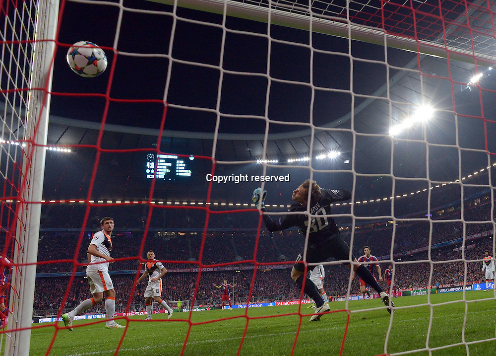 11.03.2015. Allianz Stadium, Munich, Germany. UEFA Champions League football. Bayern Munich versus Shakhtar Donetsk.  Holger Badstuber (FC Bayern Muenchen)  scores to make it 5:0<br /> <br /> <br /> <br /> 11 03 2015  Football UEFA Champions League FC Bavaria Munich Schachtar Donetsk v l Holger Badstuber FC Bavaria Munich Goal Scored goal to 4 0 The game ended 7-0 to Bayern over Shakhtar.