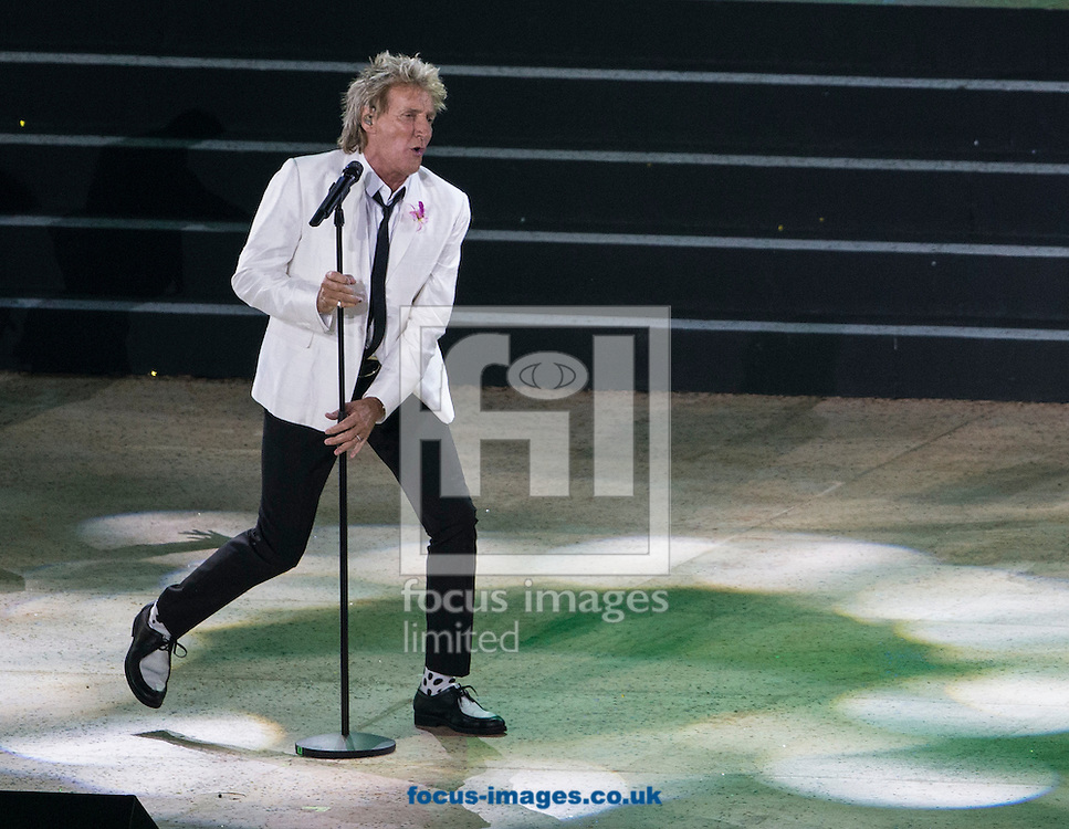 Rod Stewart performs during the Glasgow 2014 Commonwealth Games Opening Ceremony at Celtic Park, Glasgow<br /> Picture by Paul Terry/Focus Images Ltd +44 7545 642257<br /> 23/07/2014