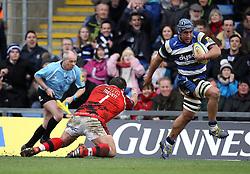 Bath's Leroy Houston gets past London Welsh's Nathan Trevett - Photo mandatory by-line: Robbie Stephenson/JMP - Mobile: 07966 386802 - 29/03/2015 - SPORT - Rugby - Oxford - Kassam Stadium - London Welsh v Bath Rugby - Aviva Premiership