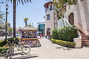 Shopping Downtown Huntington Beach