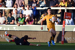 Callum Sirker of Wasps runs in a second half try - Mandatory byline: Patrick Khachfe/JMP - 07966 386802 - 14/09/2019 - RUGBY UNION - Franklin's Gardens - Northampton, England - Premiership Rugby 7s (Day 2)