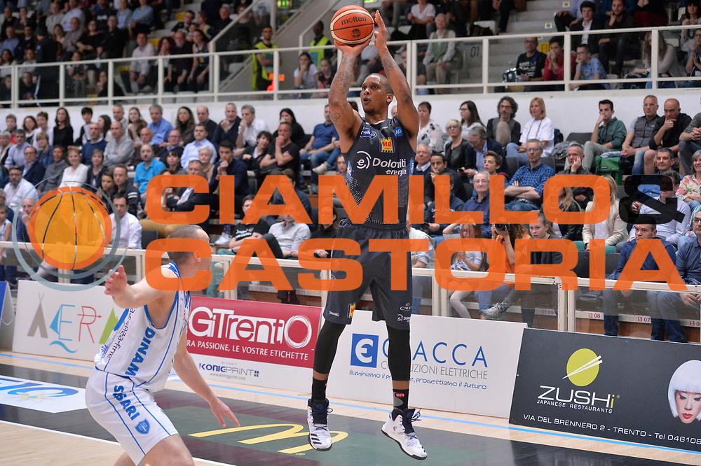 Joao Gomes<br /> Dolomiti Energia Aquila Basket Trento - Banco di Sardegna Dinamo Sassari<br /> Lega Basket Serie A 2016/2017<br /> Trento, 08/04/2017<br /> Foto M.Ceretti / Ciamillo - Castoria