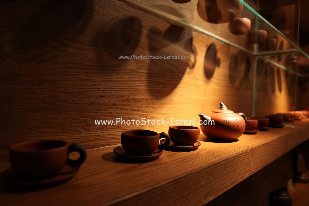 China, Tianjin Dr. Tea Teahouse Teapot display