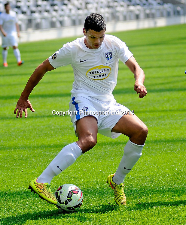 Ryan De Vries of Auckland City in action during the ASB Football Premiership, Southern v Auckland, 25 October 2014, Forsyth Barr Stadium Dunedin,  New Zealand. Photo: Richard Hood/photosport.co.nz