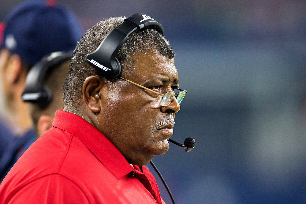 ARLINGTON, TX - SEPTEMBER 3:  Defensive Coordinator Romeo Crennel of the Houston Texans watches on the sidelines during a preseason game against the Dallas Cowboys at AT&T Stadium on September 3, 2015 in Arlington, Texas.  The Cowboys defeated the Texans 21-14.  (Photo by Wesley Hitt/Getty Images) *** Local Caption *** Romeo Crennel