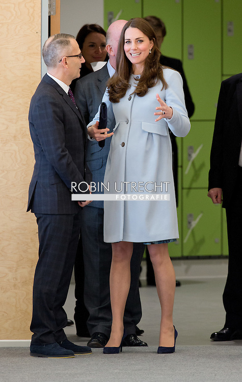 19-1-2015 - LONDON  Catherine, Duchess of Cambridge at the opening of the Kensington Aldridge Academy and Kensington Leisure centre in London . COPYRIGHT ROBIN UTRECHT