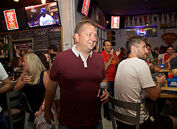 LOS ANGELES, USA - Tuesday, July 26, 2016: John Gibbons during an Anfield Wrap live podcast on day six of Liverpool FC's USA Pre-season Tour. (Pic by David Rawcliffe/Propaganda)
