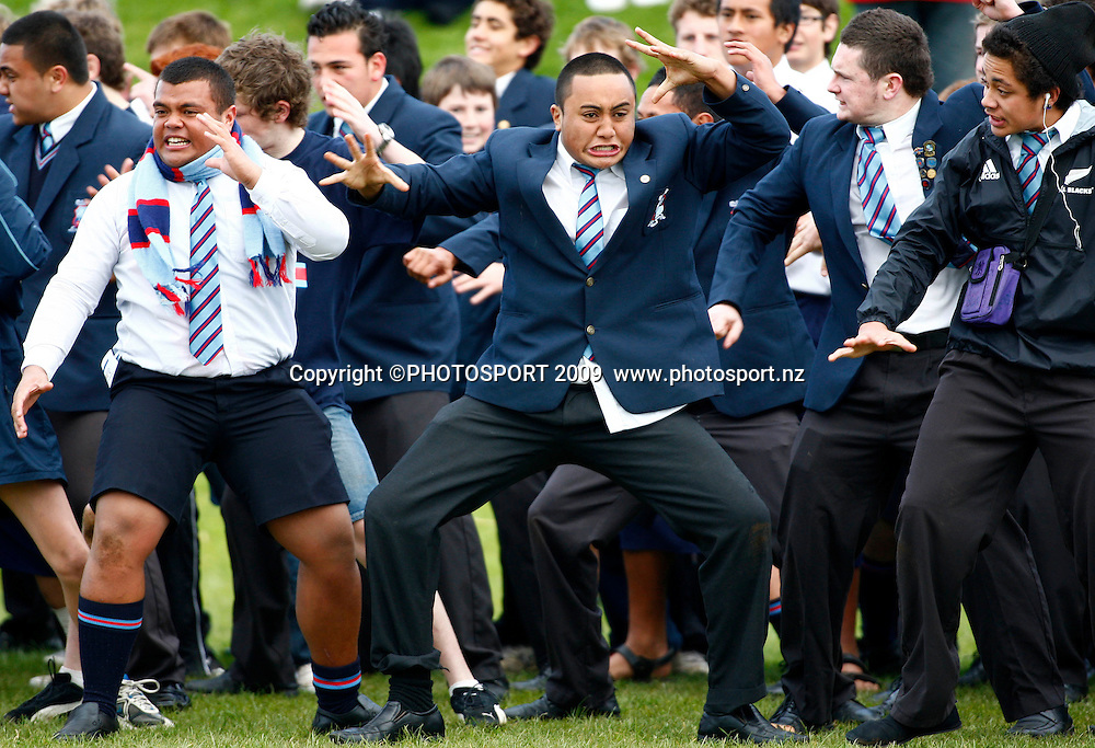 Sacred Heart students do their haka. 1st XV Rugby. Sean Fitzpatrick - Ian Kirkpatrick Cup Match. Sacred Heart College v Kings College, Auckland, New Zealand. Saturday 8th August 2009. Photo: Simon Watts/PHOTOSPORT