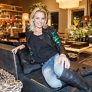 NLD/Amsterdam/20151130 - Presentatie Zimra Geurts kalender, fotografe Myrthe Mylius