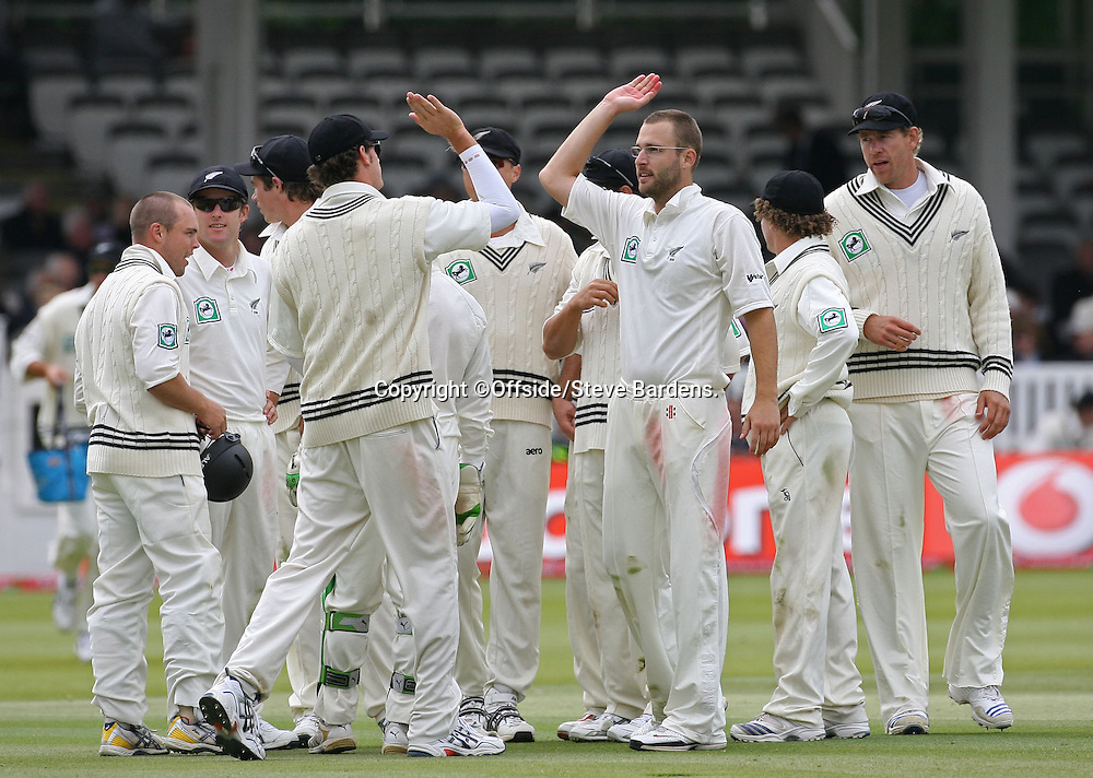 New Zealand Captain, Daniel Vettori celebrates with his team mates. England v New Zealand, Day 4, 1st Npower Test, Lord's Cricket Ground, St.Johns Wood, London. 18 May 2008. Photo: Offside/PHOTOSPORT