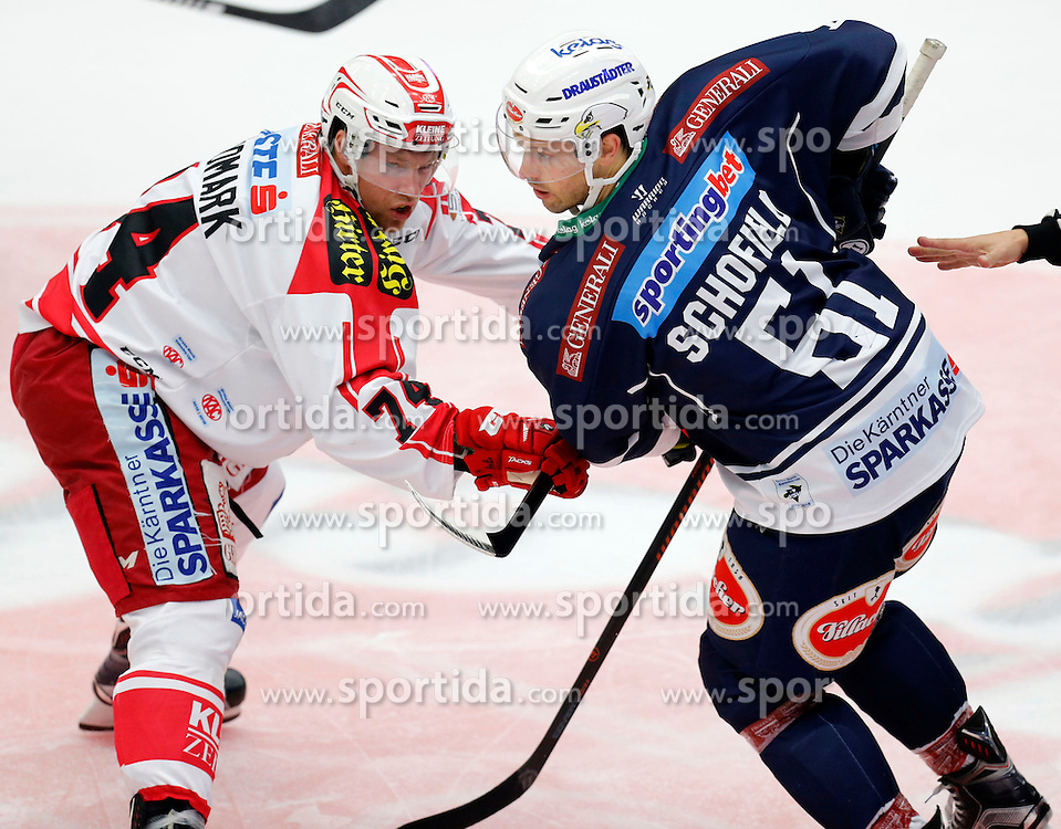 11.10.2015, Stadthalle, Villach, AUT, EBEL, EC VSV vs EC KAC, 10. Runde, im Bild Jamie Lundmark (KAC) und Rick Schofield (VSV) // during the Erste Bank Icehockey League 10th round match between EC VSV vs EC KAC at the City Hall in Villach, Austria on 2015/10/11, EXPA Pictures © 2015, PhotoCredit: EXPA/ Oskar Hoeher