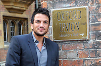 Oxford - Peter Andre arrives at the Oxford Union prior to addressing the Student Debating Society, Oxford University - January 31st 2012....Photo by Jill Mayhew..
