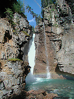 Lower falls - Johnstone Canyon   Photo: Peter Llewellyn