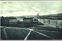 Zagreb : Trg N. <br /> <br /> ImpresumZagreb : Knjižara i papirnica Kugli, [između 1923 i 1927].<br /> Materijalni opis1 razglednica : tisak ; 9 x 14,2 cm.<br /> NakladnikKnjižara Stjepan Kugli (Zagreb)<br /> Mjesto izdavanjaZagreb<br /> Vrstavizualna građa • razglednice<br /> ZbirkaZbirka razglednica • Grafička zbirka NSK<br /> Formatimage/jpeg<br /> PredmetZagreb –– Trg žrtava fašizma<br /> SignaturaRZG-TZFAS-1<br /> Obuhvat(vremenski)20. stoljeće<br /> NapomenaRazglednica nije putovala.<br /> PravaJavno dobro<br /> Identifikatori000954279<br /> NBN.HRNBN: urn:nbn:hr:238:506252 <br /> <br /> Izvor: Digitalne zbirke Nacionalne i sveučilišne knjižnice u Zagrebu