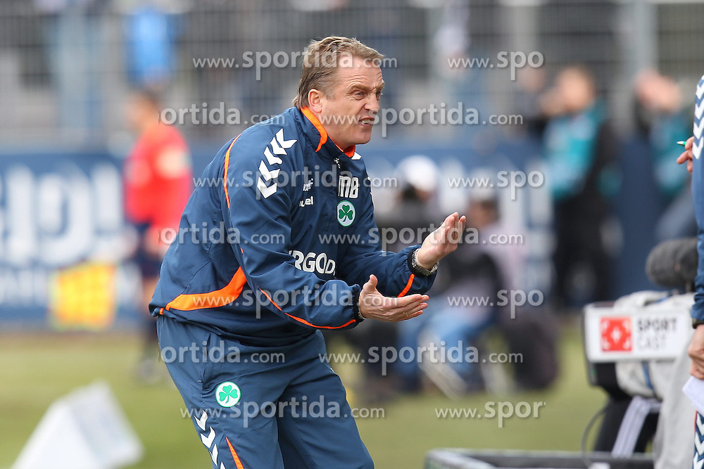 07.03.2015, Scholz-Arena, Aalen, GER, 2. FBL, VfR Aalen vs SpVgg Greuther F&uuml;rth, 24. Runde, im Bild Trainer Michael Bueskens ( SpVgg Greuther Fuerth ) wuetend // during the 2nd German Bundesliga 24th round match between VfR Aalen vs SpVgg Greuther F&uuml;rth at the Scholz-Arena in Aalen, Germany on 2015/03/07. EXPA Pictures &copy; 2015, PhotoCredit: EXPA/ Eibner-Pressefoto/ Langer<br /> <br /> *****ATTENTION - OUT of GER*****