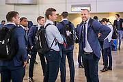 TEL AVIV - 02-11-2016, Maccabi TelAviv - AZ,  Netanya Stadion, aankomst, AZ speler Robert Muhren, AZ speler Ron Vlaar