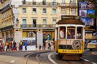 Portugal, Lisbonne, tramway N°28 // Portugal, Lisbon, tram number 28
