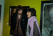 SERGIO PIZZORNO OF KASABIAN  AND RONNIE WOOD , Ideas And Idols - private view of work by Paul Karslake.<br />