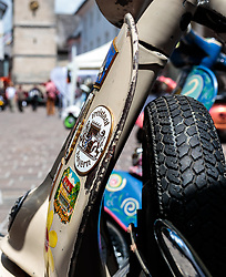17.06.2017, Stadtplatz, Zell am See, AUT, Vespa Alp Days, im Bild Detailansicht einer Vespa // Detail of a Vespa during the annual Vespa Alp Days at the Marketplace, Zell am See, Austria on 2017/06/17. EXPA Pictures © 2017, PhotoCredit: EXPA/ Stefanie Oberhauser
