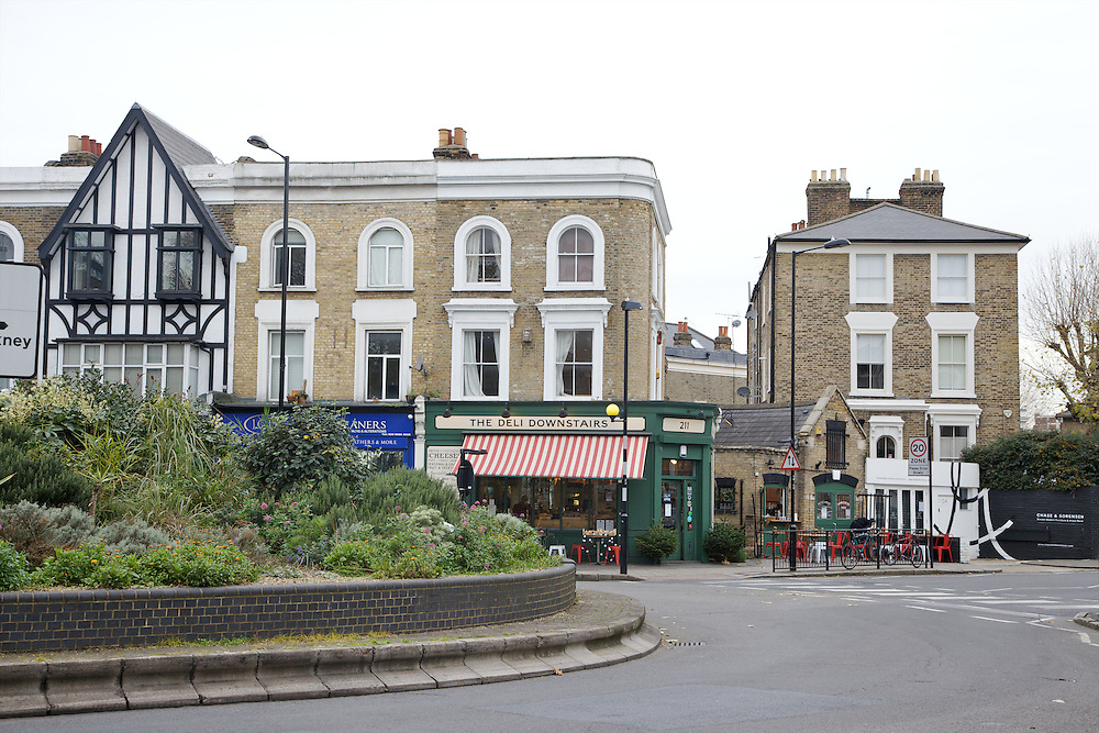 Lauriston Road, Hackney Village, a residential and shopping street that runs into Victoria Park CREDIT: Vanessa Berberian for The Wall Street Journal<br /> HACKNEY-Lana Wrightman
