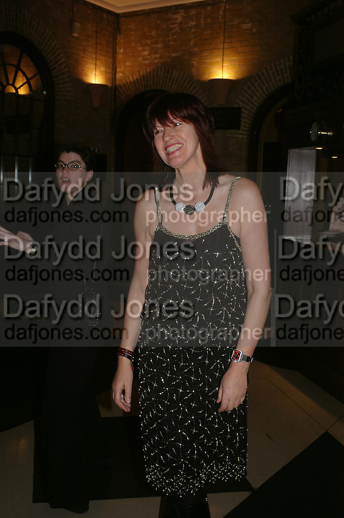 Janet Street-Porter. 2004 Whitbread Book Awards. The Brewery, Chswell st. London EC1. 25 January 2005. ONE TIME USE ONLY - DO NOT ARCHIVE  © Copyright Photograph by Dafydd Jones 66 Stockwell Park Rd. London SW9 0DA Tel 020 7733 0108 www.dafjones.com