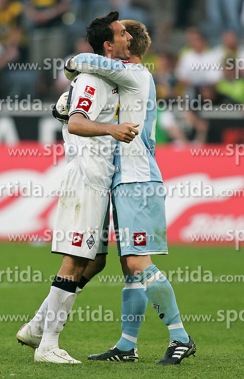 23.04.2011,  Borussia Park, Moenchengladbach, GER, 1.FBL, Borussia Moenchengladbach vs Borussia Dortmund, 31. Spieltag, im Bild: Martin Stranzl (Moenchengladbach #39) (L) und Marc-Andre ter Stegen (Moenchengladbach #21) jubeln nach dem Sieg  EXPA Pictures © 2011, PhotoCredit: EXPA/ nph/  Mueller       ****** out of GER / SWE / CRO  / BEL ******