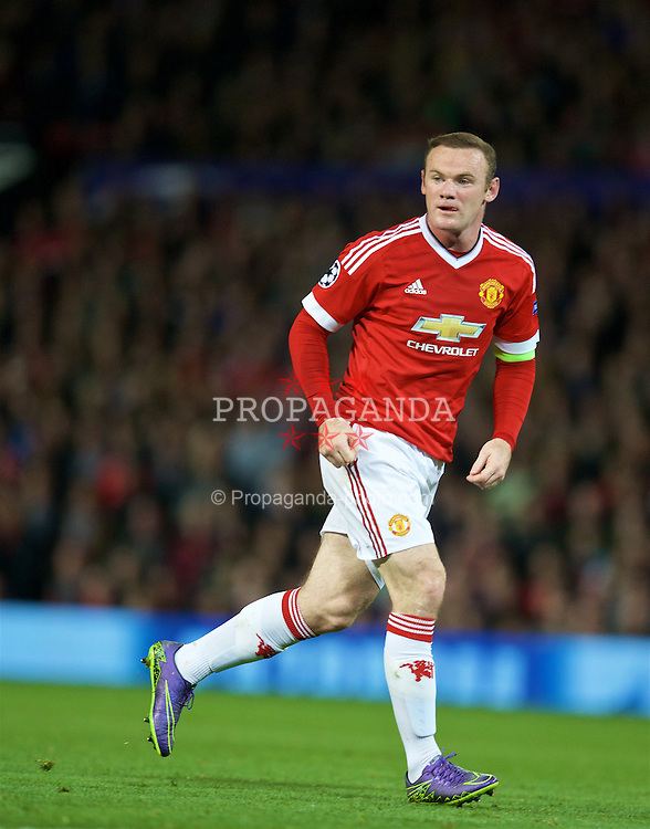 MANCHESTER, ENGLAND - Wednesday, September 30, 2015: Manchester United's captain Wayne Rooney in action against VfL Wolfsburg during the UEFA Champions League Group B match at Old Trafford. (Pic by David Rawcliffe/Propaganda)