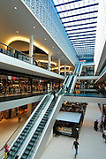 Shopping Center Centrum Galerie, innen, Rolltreppen, Dresden, Sachsen, Deutschland.|.Shopping Center Centrum Galerie, Dresden, Dresden, Germany
